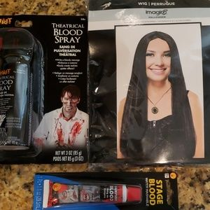 HALLOWEEN  Wig and Fake Blood makeup. BRAND NEW
